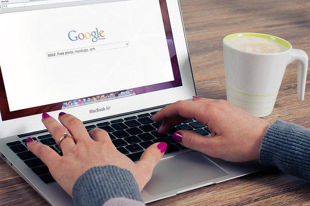 Qu'est-ce qui se passe lorsque vous faites une recherche sur le Web ?